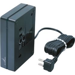 DXアンテナ TCF30L2H CS/BS-IF・CATV下り帯域ブースター30dB 卓上型